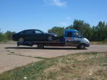 Служба экстренной эвакуации автомобилей 24 часа в Волгограде, Волжском и по всем регионам РФ - наш эвакуатор перевозит Audi A8L с неисправной пневмоподвеской по а/д Волгоград-Сызрань